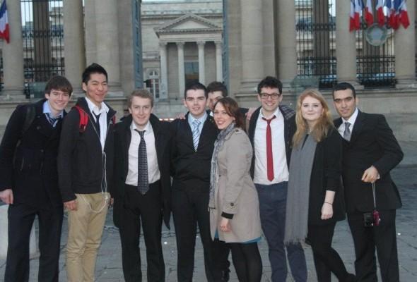 [Photos] Débat à l'Assemblée nationale (French Society de Trinity College)