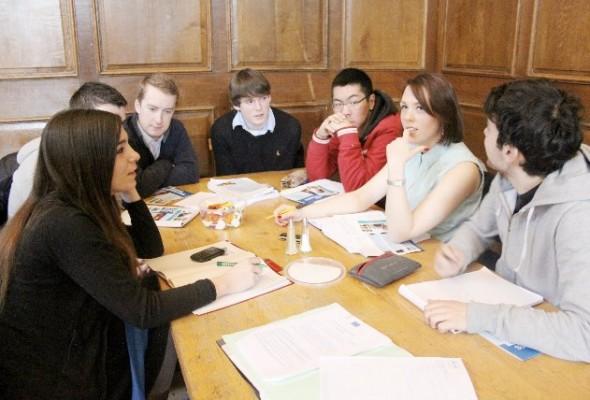 [Photos] Ateliers de préparation au débat